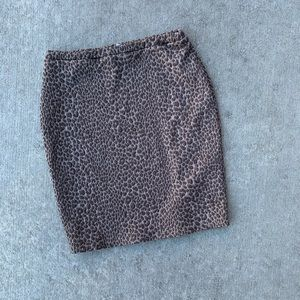 H&M brown animal print pencil skirt size small